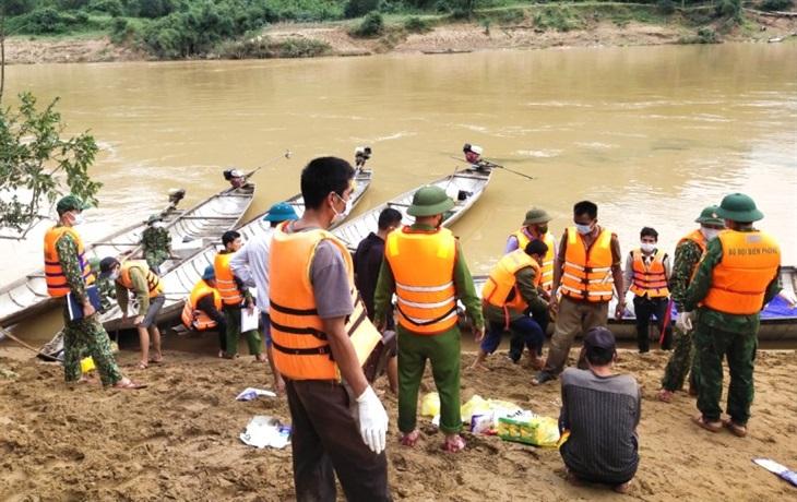Quảng Bình: Tìm thấy thi thể người mất tích do lũ cuốn tại xã Trường Sơn