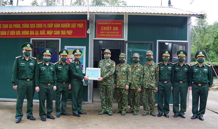 Thiếu tướng Lê Văn Phúc kiểm tra công tác phòng, chống dịch Covid-19 tuyến biên giới tỉnh Quảng Ninh