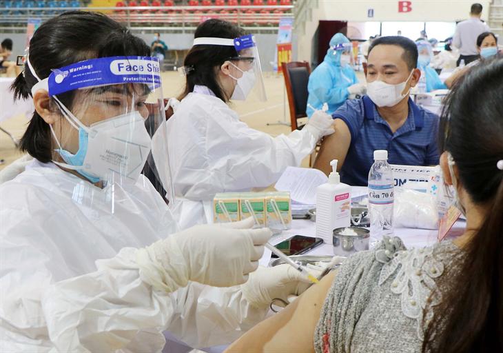 Ngày 23-10: Ghi nhận 3.373 ca nhiễm mới Covid-19, 77 ca tử vong