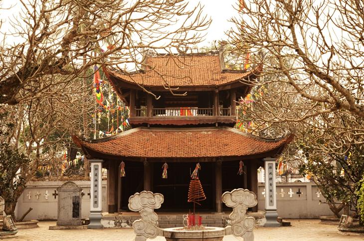 Ngày Tết vãn cảnh chùa Bối Khê