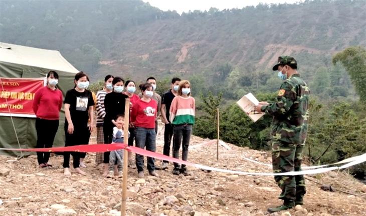 Đồn Biên phòng Ba Sơn bắt giữ 10 công dân nhập cảnh trái phép từ Trung Quốc vào Việt Nam
