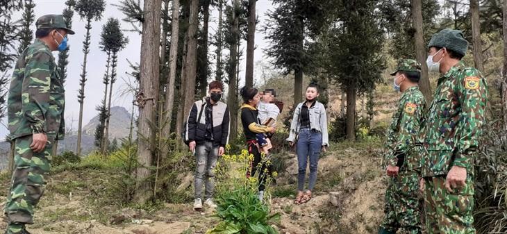 6 công dân nhập cảnh trái phép bị lạc trong rừng đã được tìm thấy