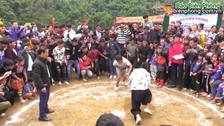 Ngày hội xuân của những người dân tộc Mông tại bản Láy