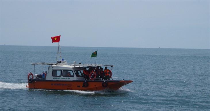 Quy định của Luật Biên phòng Việt Nam về trang phục, màu sắc, cờ hiệu, phù hiệu và dấu hiệu nhận biết phương tiện của BĐBP