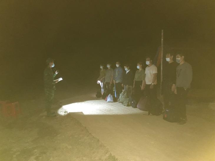 Từ đầu năm đến nay, Đồn Biên phòng Quang Long phát hiện, đưa đi cách ly 646 công dân nhập cảnh trái phép