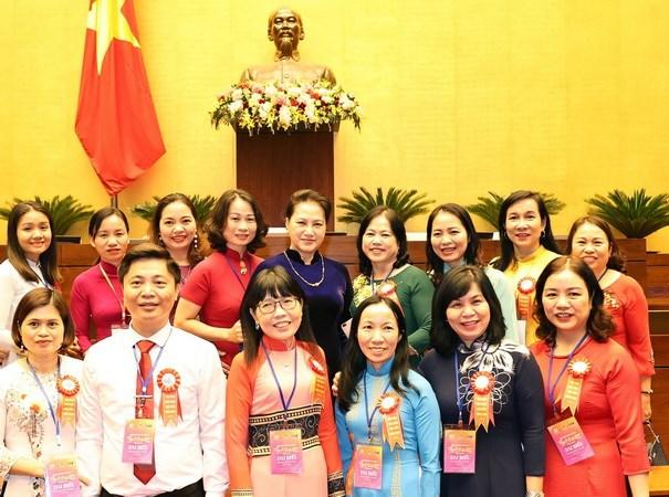 Khơi dậy tiềm năng, vai trò lãnh đạo của phụ nữ trong thời kỳ mới