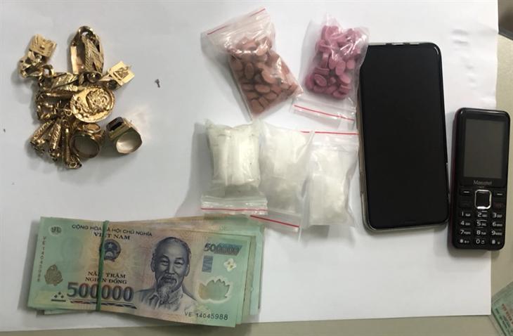 BĐBP Khánh Hòa bắt giữ 1 đối tượng tàng trữ số lượng lớn ma túy