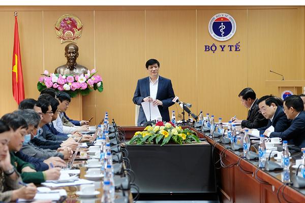 Bộ trưởng Bộ Y tế cảnh báo nguy cơ dịch Covid-19 quay trở lại