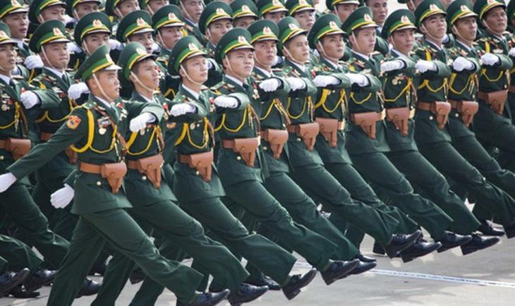 Chế độ nghỉ phép và nghỉ phép đặc biệt đối với hạ sĩ quan, binh sĩ phục vụ tại ngũ