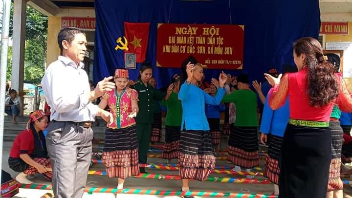 Phụ nữ vùng biên giới góp sức bảo vệ chủ quyền lãnh thổ