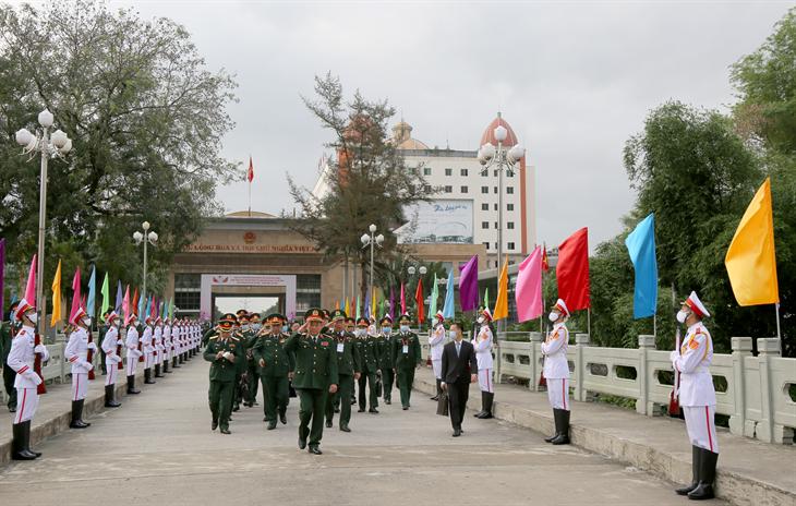 Đoàn công tác Bộ Quốc phòng Việt Nam lên đường tham dự Đối thoại chiến lược Quốc phòng Việt Nam - Trung Quốc lần thứ 7