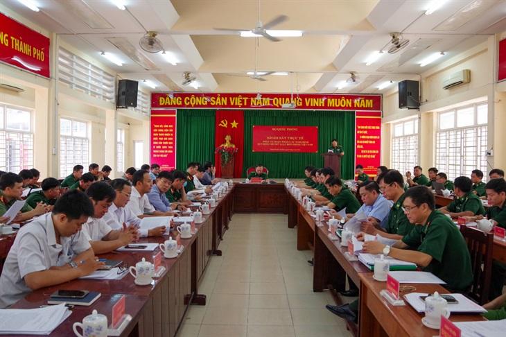 Khảo sát thực tế phục vụ soạn thảo các Nghị định quy định chi tiết Luật Biên phòng Việt Nam