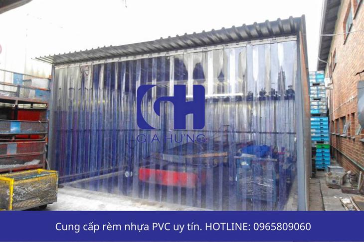 GIAHUNGPRO – Chuyên cung cấp rèm nhựa PVC và xốp bọc hàng uy tín, chất lượng