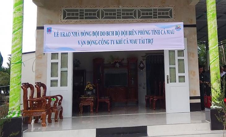 BĐBP Cà Mau và Công ty Khí Cà Mau bàn giao Nhà đồng đội