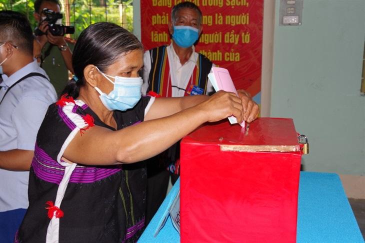 Quảng Nam: Bầu cử sớm tại 6 xã biên giới