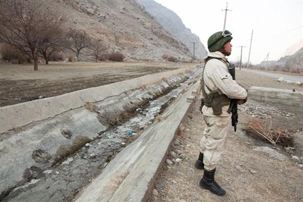 Kyrgyzstan và Tajikistan nhất trí ngừng bắn hoàn toàn