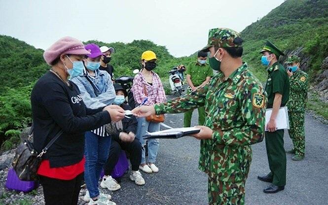 Phát huy sức mạnh tổng hợp của nhân dân trong phòng, chống dịch Covid-19 và xuất, nhập cảnh trái phép ở khu vực biên giới