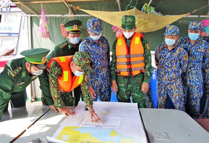Tăng cường lực lượng tuần tra phòng, chống dịch Covid-19 trên vùng biển Cà Mau