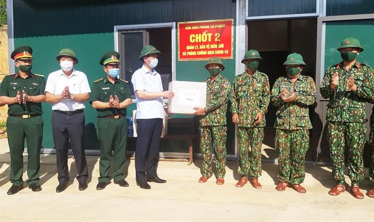 Kiểm tra công tác quản lý, bảo vệ biên giới và phòng, chống dịch Covid-19 tại địa bàn Đồn Biên phòng Cà Roòng