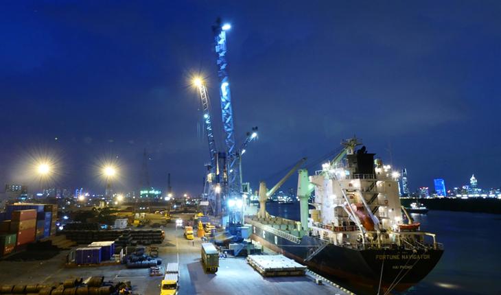 Đẩy mạnh thương mại tự do bằng tàu biển thông qua việc tuân thủ Công ước FAL 65