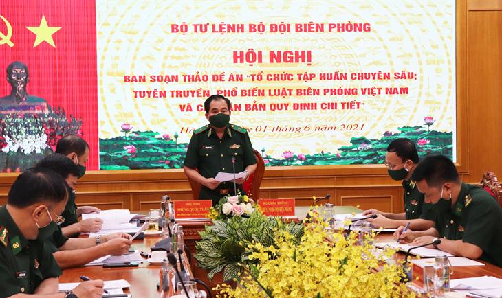 Xây dựng các nội dung tuyên truyền, tập huấn chuyên sâu về Luật Biên phòng Việt Nam