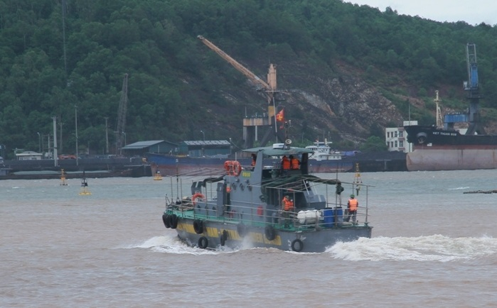 Hai ngư dân Thanh Hóa mất tích do bão số 2