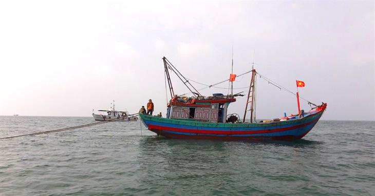 Xử phạt 5 phương tiện vi phạm các quy định trong khai thác hải sản