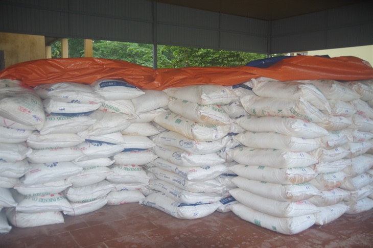 Điều tra vụ vận chuyển 35 tấn đường cát Thái Lan nhập lậu qua biên giới