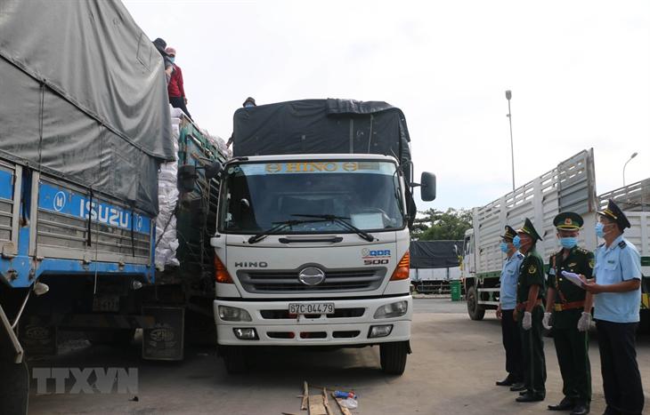 An Giang phấn đấu tăng trưởng xuất khẩu qua biên giới 10% mỗi năm
