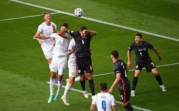 Hòa CH Séc, Croatia còn cơ hội lọt vào vòng sau