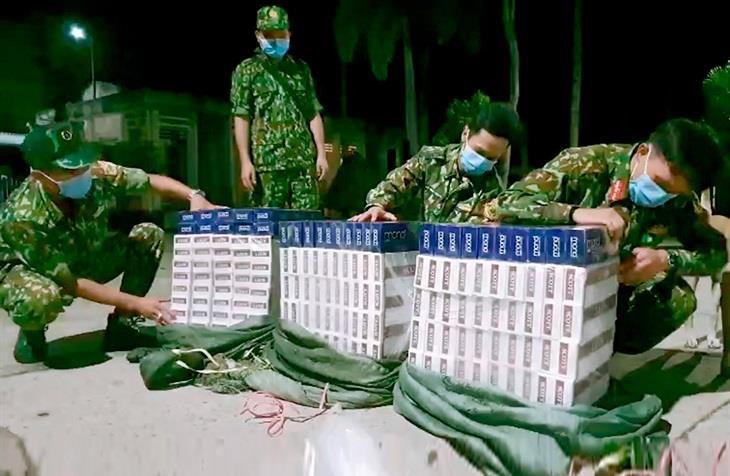Liên tiếp phát hiện, thu giữ thuốc lá ngoại nhập lậu qua biên giới