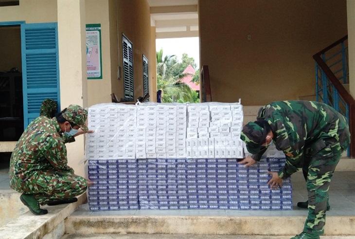 BĐBP Kiên Giang thu giữ gần 5.000 gói thuốc lá ngoại nhập lậu