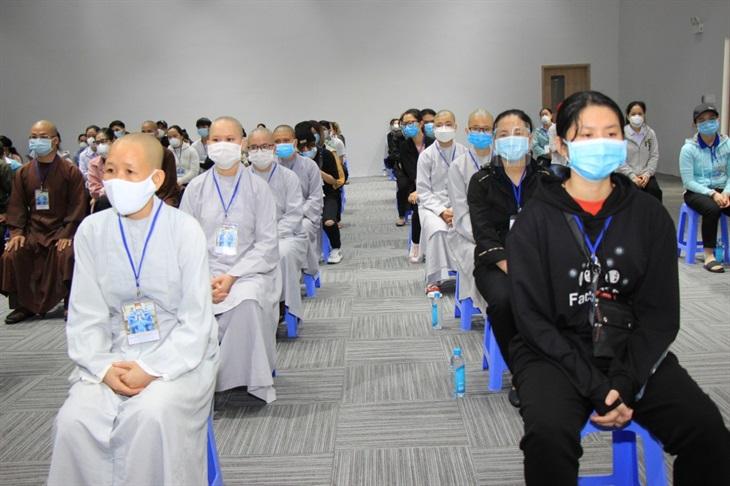 Gần 300 tình nguyện viên các tôn giáo tham gia phòng, chống dịch Covid-19 tại Thành phố Hồ Chí Minh