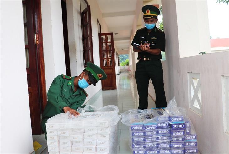 An Giang: Thu giữ 2.300 gói thuốc lá ngoại nhập lậu các loại