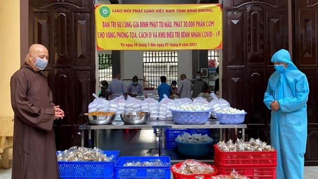 Phật giáo tỉnh Bình Dương, Bình Thuận sẻ chia với nhân dân vùng dịch