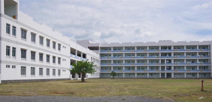 Bệnh viện dã chiến truyền nhiễm Số 4 Bộ Quốc phòng bắt đầu đi vào hoạt động