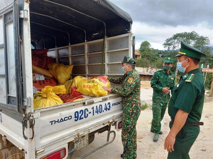 BĐBP Quảng Nam gửi tặng Thành phố Hồ Chí Minh hơn 1,5 tấn rau, củ, quả