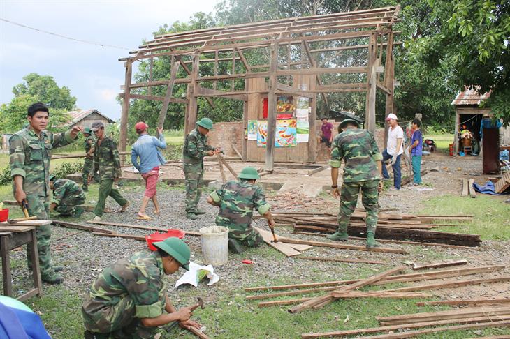 Dấu ấn Biên phòng trên vùng nông thôn mới Ea Bung