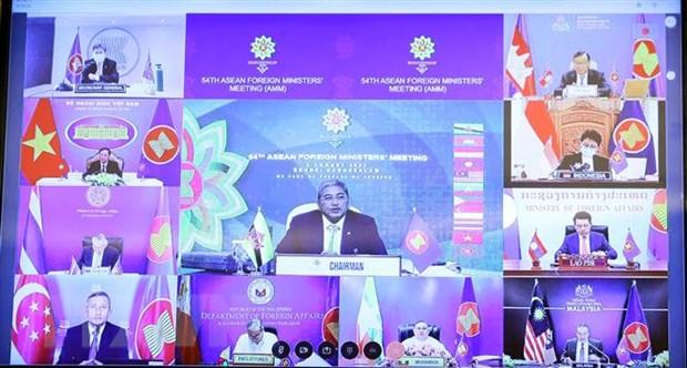 ASEAN giải quyết hòa bình tranh chấp Biển Đông dựa trên luật quốc tế