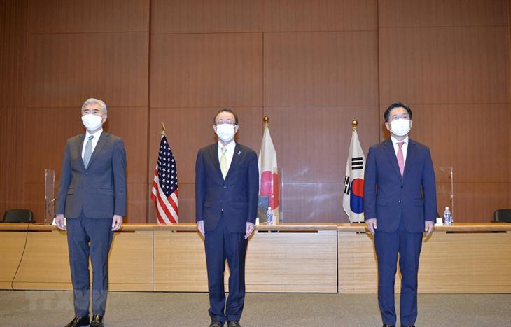 Đàm phán 3 bên giữa Mỹ, Nhật, Hàn về vấn đề hạt nhân Triều Tiên