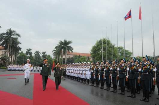 Ban Chấp hành Trung ương Đảng Nhân dân Cách mạng Lào gửi Điện chia buồn Đại tướng Phùng Quang Thanh