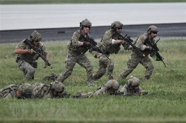 Bộ Quốc phòng Mỹ xem xét kỷ luật quân nhân không tiêm vaccine