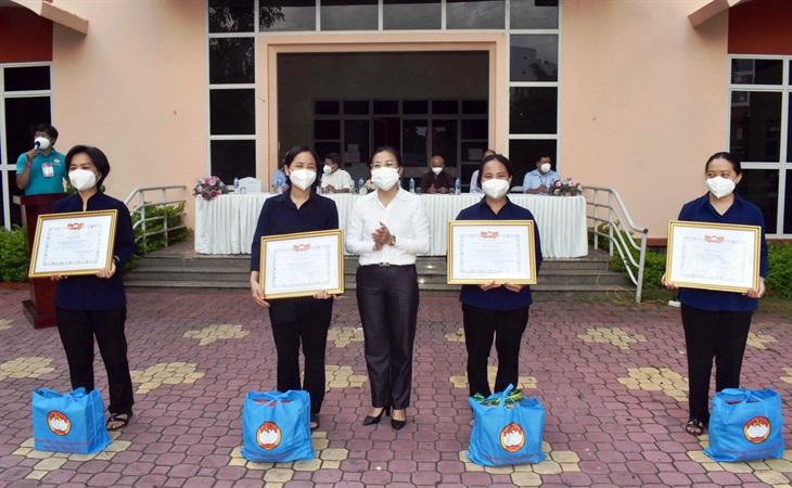 Tri ân các tình nguyện viên tôn giáo hoàn thành nhiệm vụ nơi tuyến đầu chống dịch