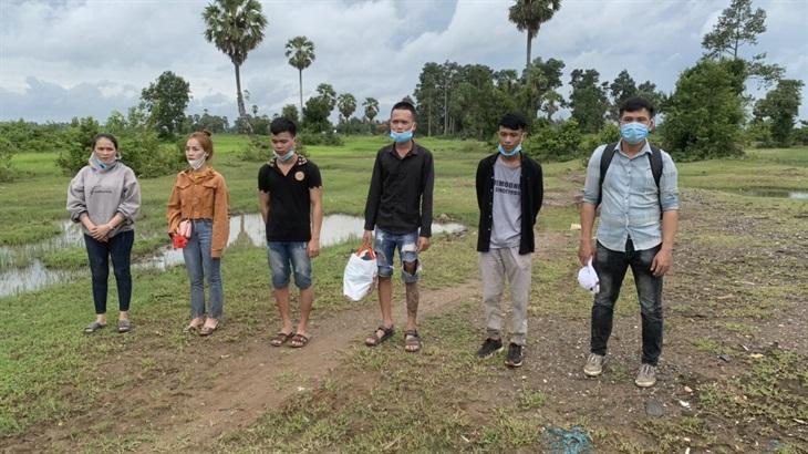 Phối hợp bắt giữ 6 đối tượng xuất cảnh trái phép từ Việt Nam sang Campuchia