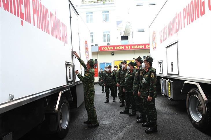 Bộ Quốc phòng điều 3 xe xét nghiệm PCR hỗ trợ tỉnh Tây Ninh phòng, chống dịch Covid-19