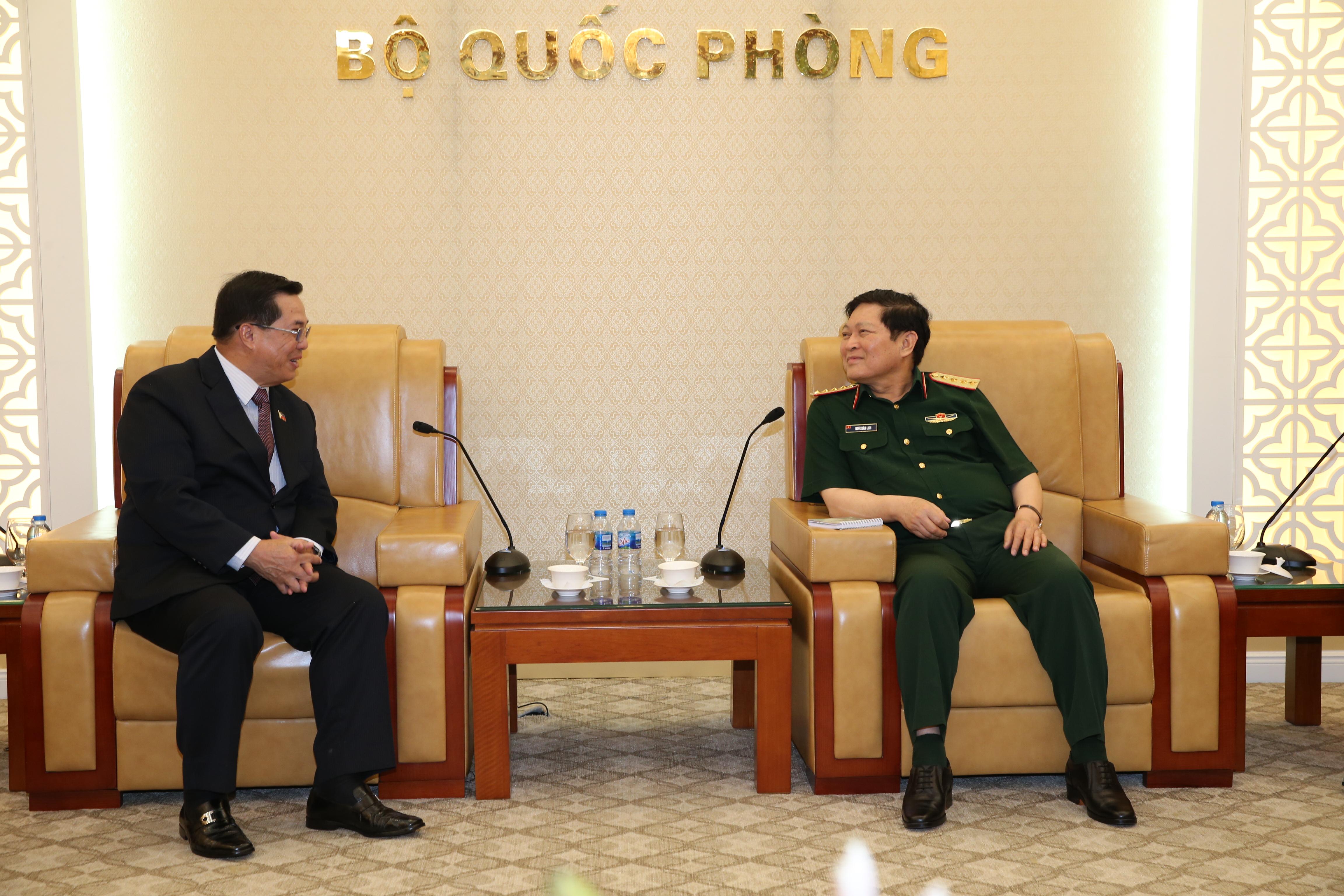 Bộ trưởng Bộ Quốc phòng tiếp Thứ trưởng Bộ Quốc phòng Philippines