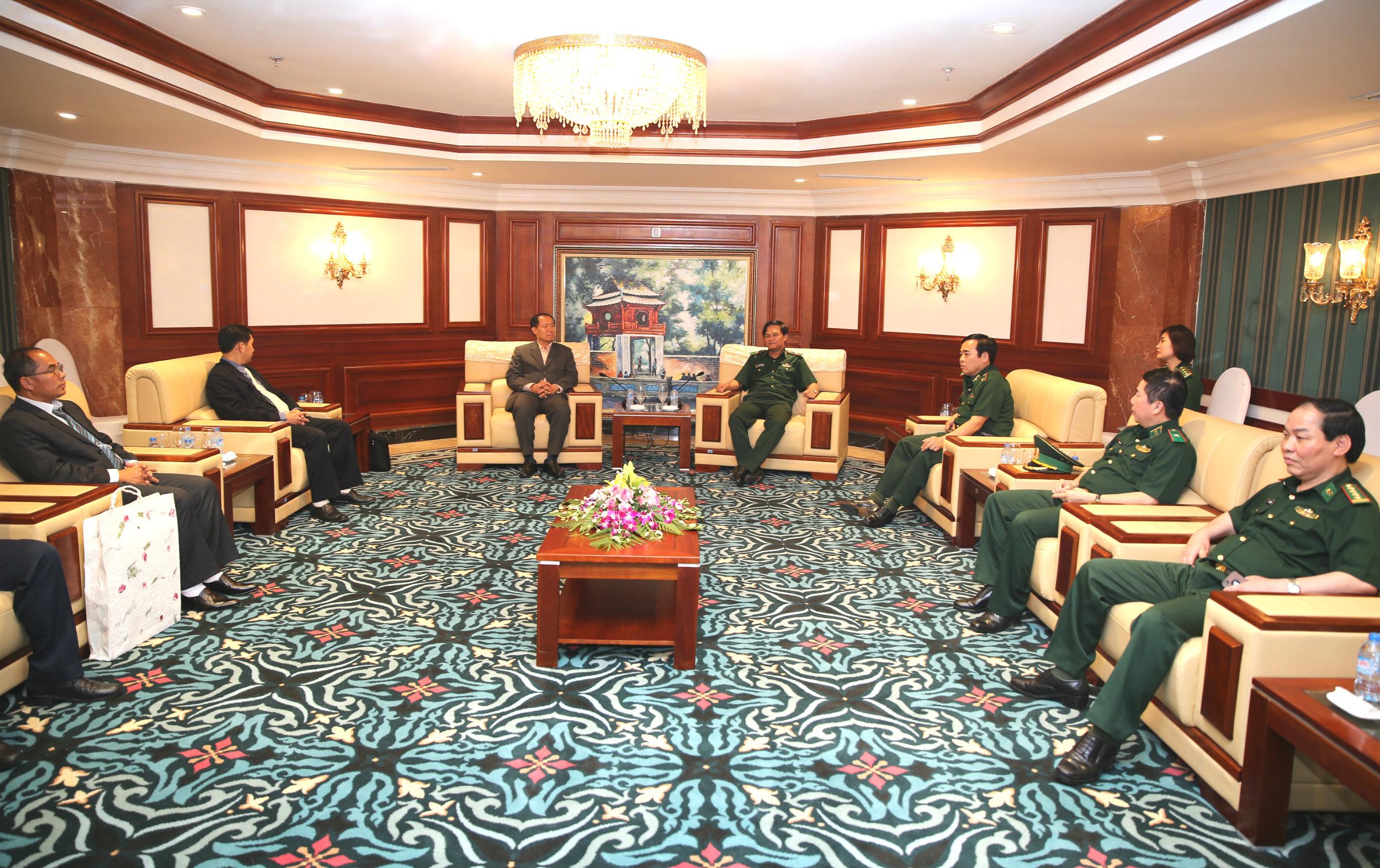 Thiếu tướng Nguyễn Văn Nam đón tiếp các đoàn khách quốc tế