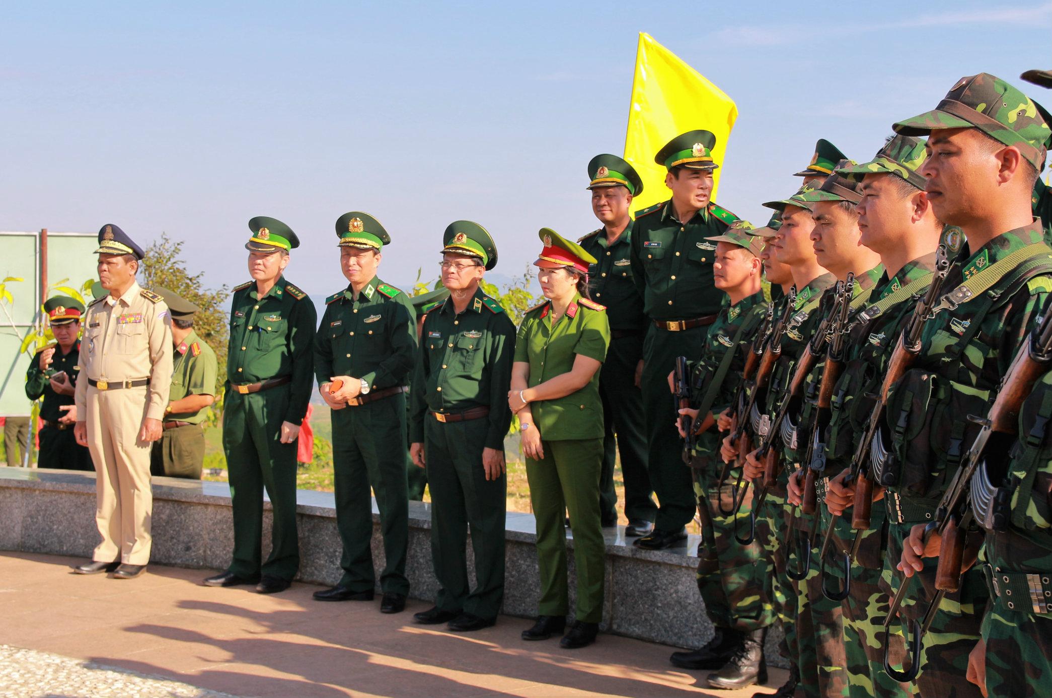 Kiểm tra công tác tổ chức giao lưu hữu nghị biên giới tại Kon Tum