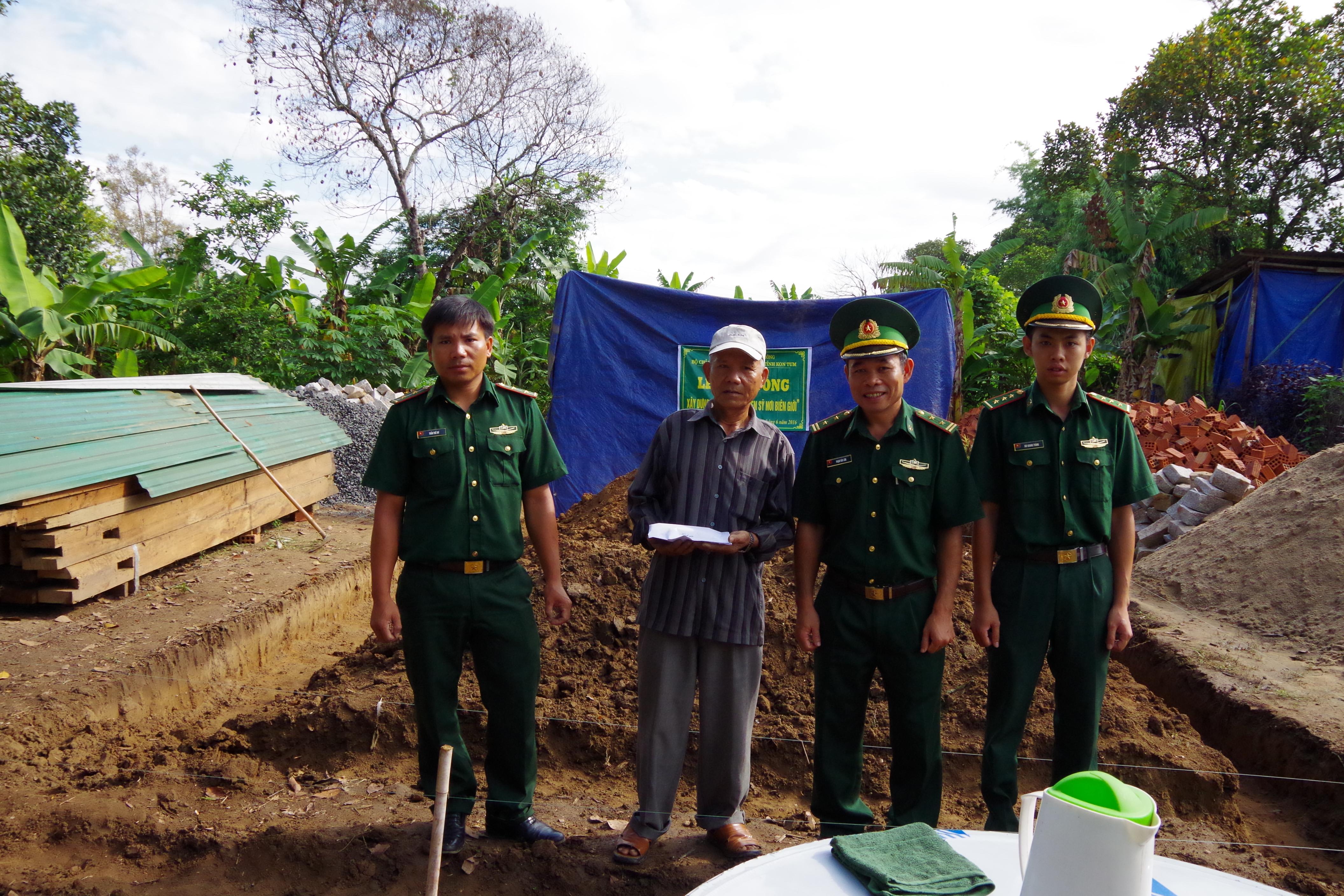 BĐBP Kon Tum khởi công xây dựng nhà quotMái ấm chiến sỹ nơi biên giớiquot