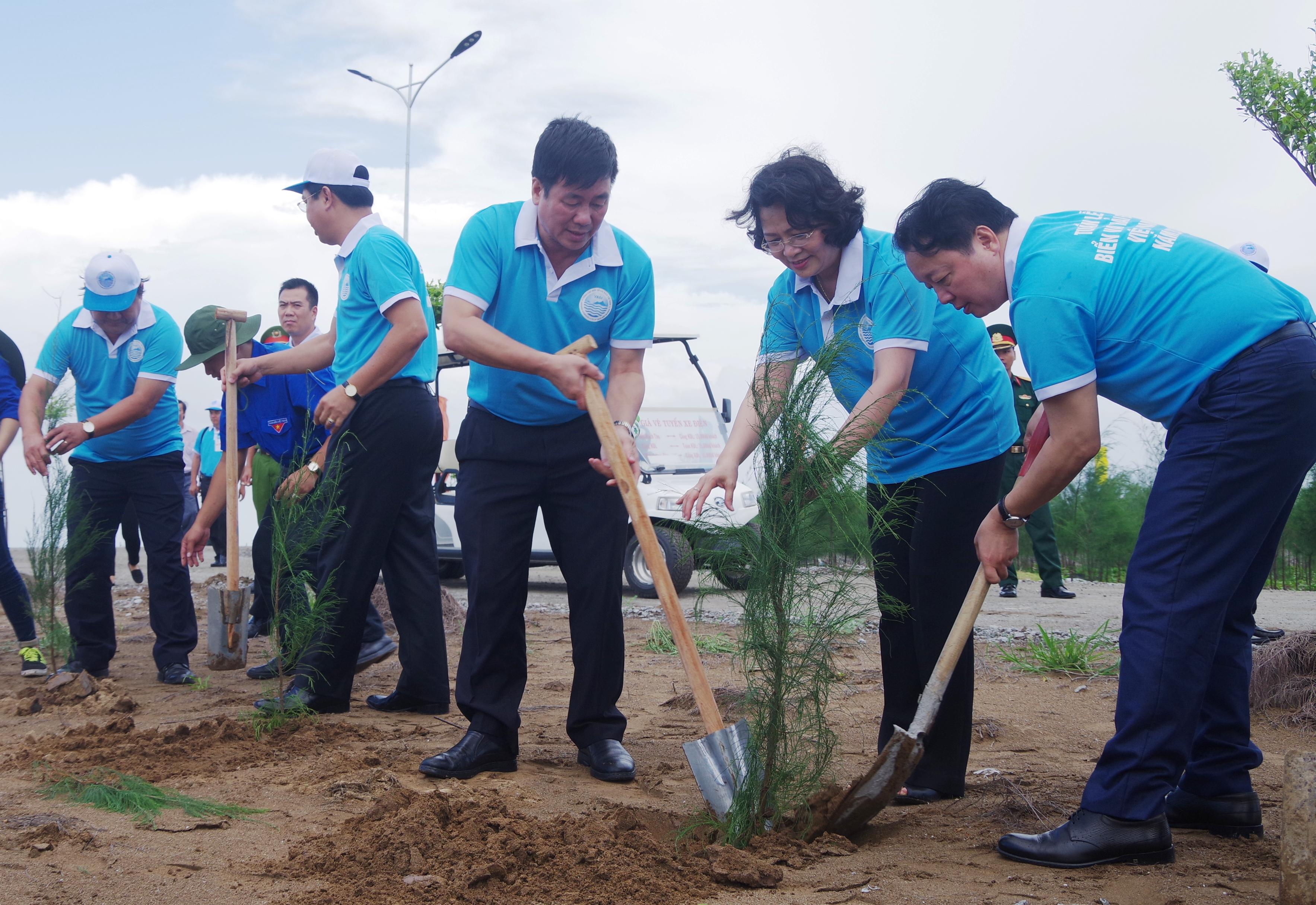 Mít tinh hưởng ứng Tuần lễ Biển và Hải đảo Việt Nam năm 2017